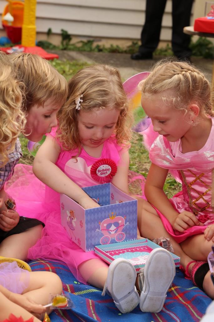 childrens entertainment3